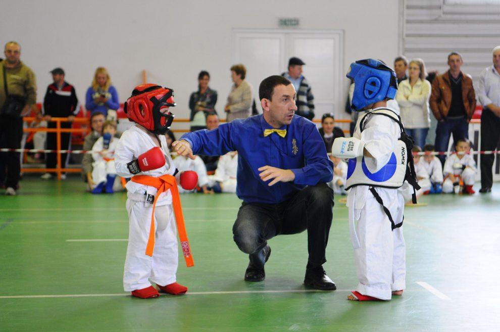 dziecko karate