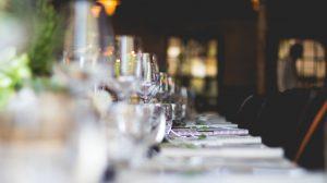 Jakie meble wybrać do kuchni restauracyjnej?