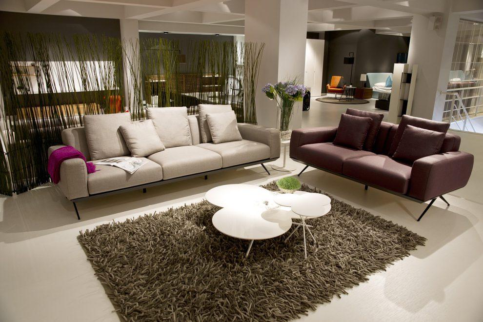 Stoliki kawowe – designerskie czy klasyczne? Wybieramy stoliki do salonu!