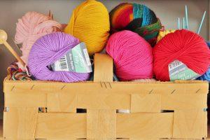 Dlaczego warto wybrać rękodzieło do urządzenia wnętrza domu Dekoracje handmade