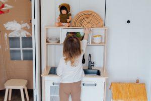 Zabawki dla dziewczynek imitujące przedmioty ze świata dorosłych